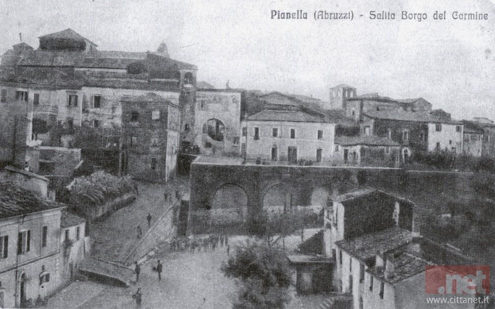 Pianella salita Borgo Carmine. Archivio Carlo Di Francesco