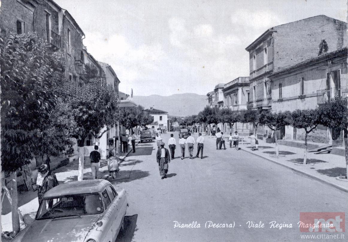 Pianella via Regina Margherita. Archivio Carlo Di Francesco